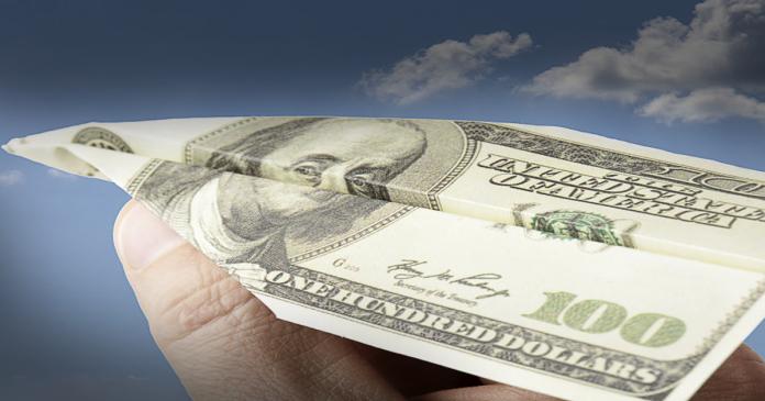 Remessas ao exterior de reembolso da matriz ou filial, de valores despendidos a título de remuneração não deverão sofrer retenção na fonte, e serão dedutíveis no IRPJ.